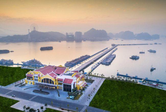 Toàn cảnh Cảng tàu Hạ Long nhìn từ trên cao