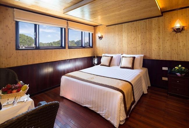 Cabin phòng ngủ của Du thuyền ngủ đêm 4 sao trên vịnh Hạ Long