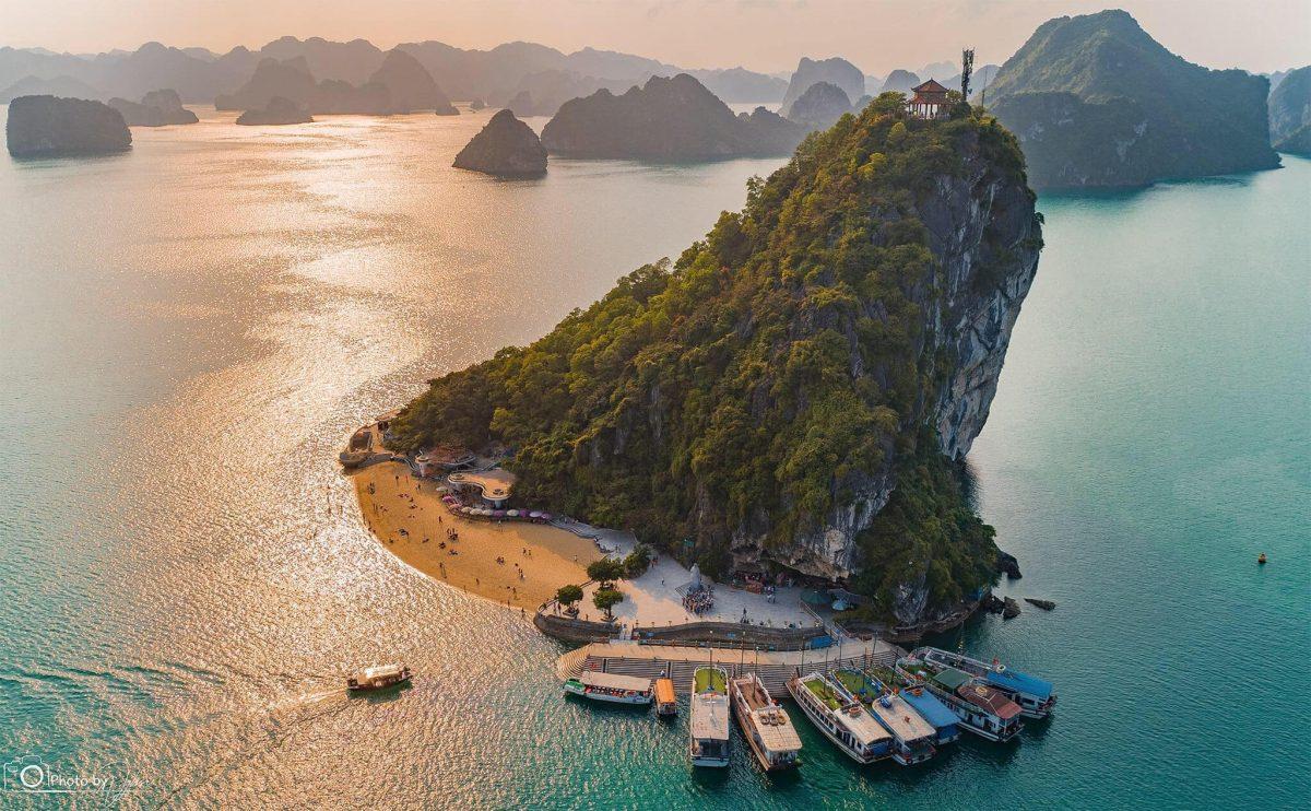 Toàn cảnh Đảo Ti Tốp nhìn từ trên cao