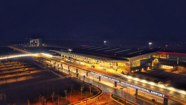 Ưu đãi thả cửa cho du khách bay đến Sân bay Vân Đồn Quảng Ninh