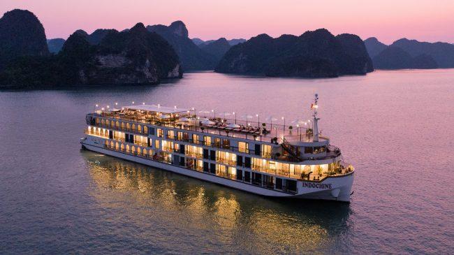 Toàn cảnh du thuyền Indochine về đêm