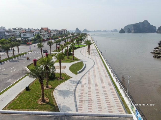 Cận cảnh khu ngắm cảnh vịnh Hạ Long tại đường bao biển