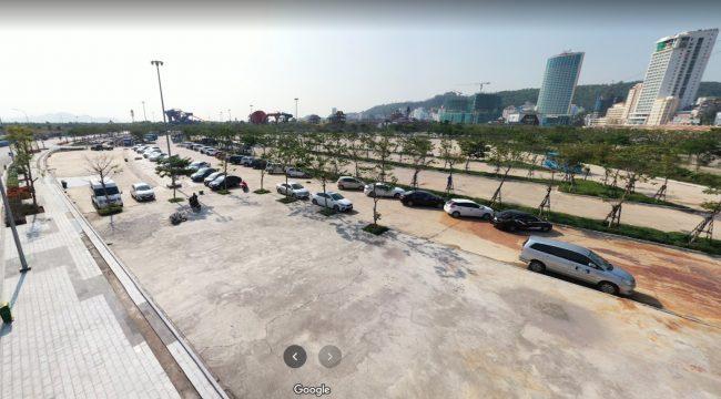 Bãi đỗ xe tại cảng tàu Hạ Long