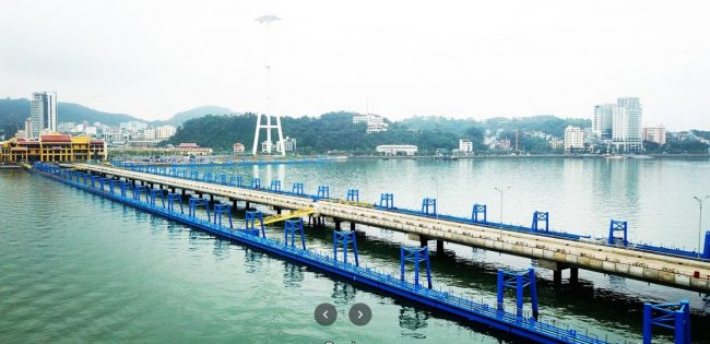 Khu vực cảng tàu nội địa tại Cảng tàu Hạ Long