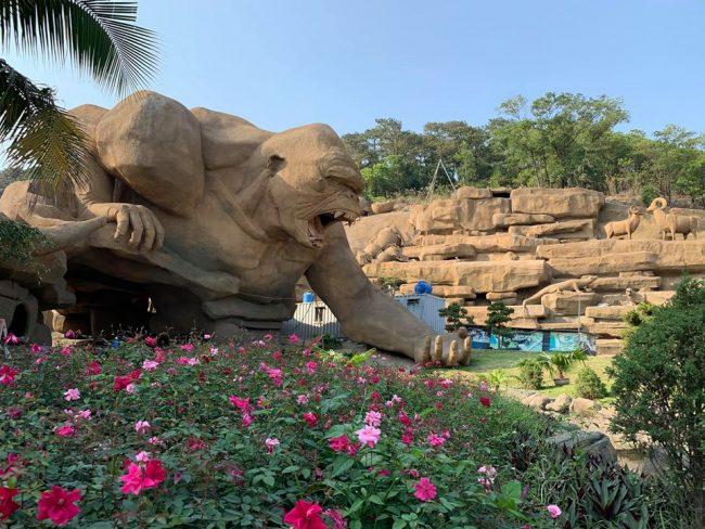 Công viên khủng long trong Tuần Châu Park
