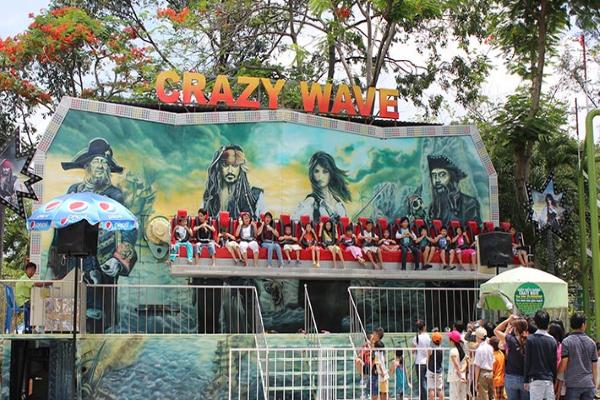 Trò chơi Cướp biển wave trong Tuần Châu Park